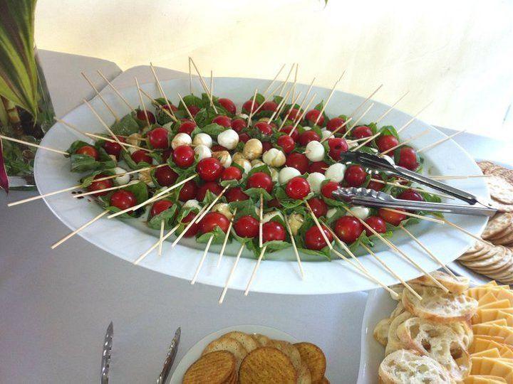 Tmx 1531416104 Ee5ada40627761ee 1531416103 C4069dc0e9f13342 1531416101261 41 Tomato Mozzarella Portland, OR wedding catering