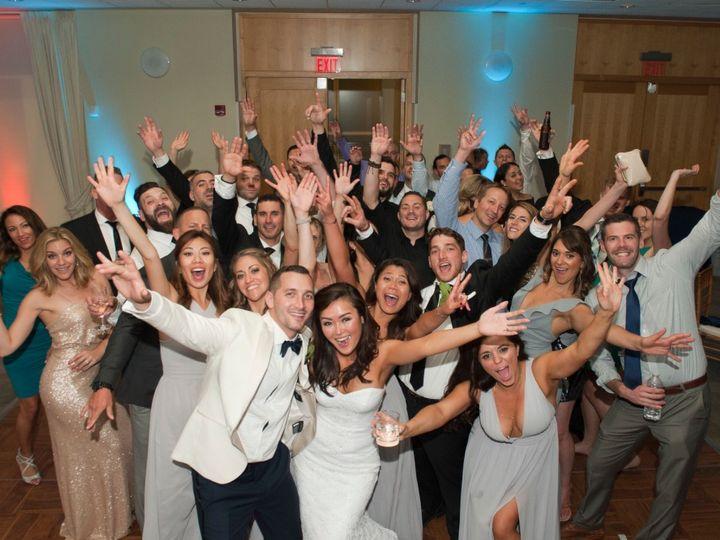 Tmx Giganti 51 752221 Philadelphia wedding band