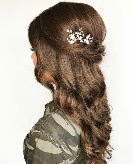 Zazu Bride - Hair & accessory