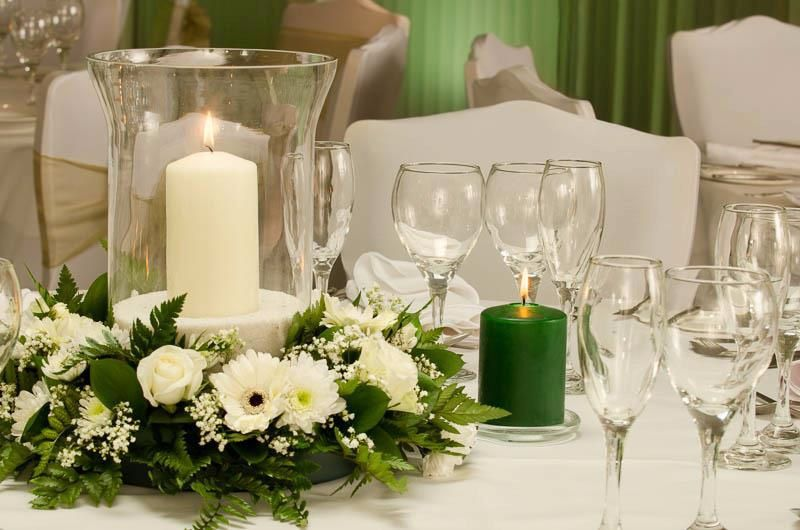 White table centerpiece