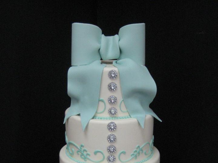 Tmx 1460490167145 007 768x1024 Irvine wedding cake