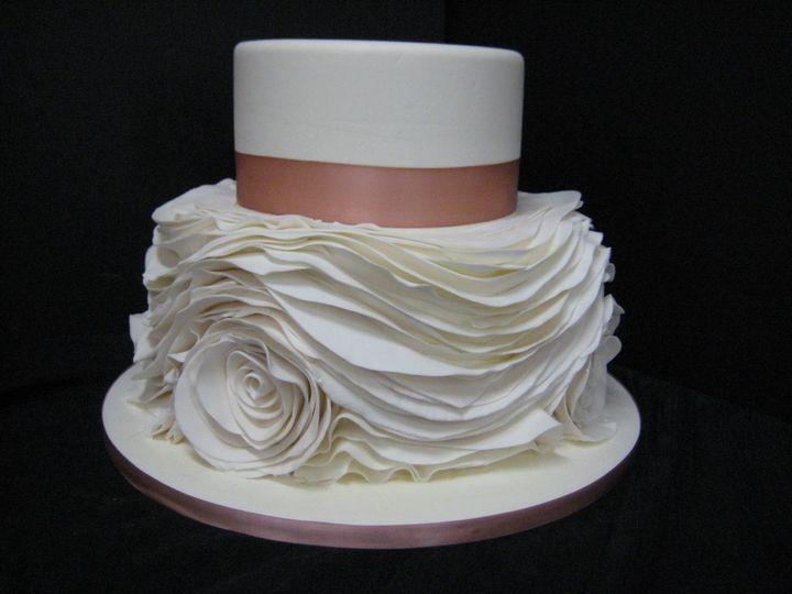 Tmx 1460490192496 0010 1024x768 Irvine wedding cake