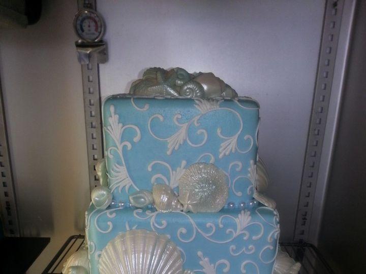 Tmx 1460490249555 14 1 768x1024 Irvine wedding cake