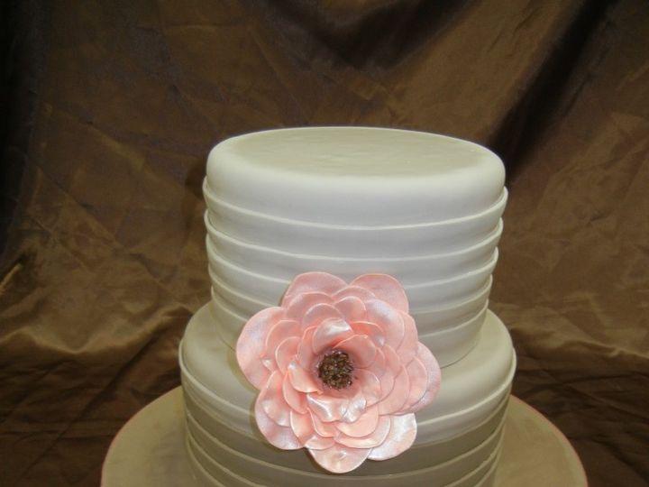 Tmx 1460490266736 0016 768x1024 Irvine wedding cake
