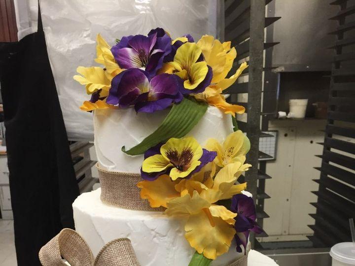 Tmx 1460490406911 A6 1 768x1024 Irvine wedding cake