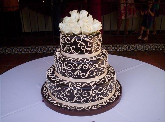 Tmx 1460490477281 A15 1 Irvine wedding cake