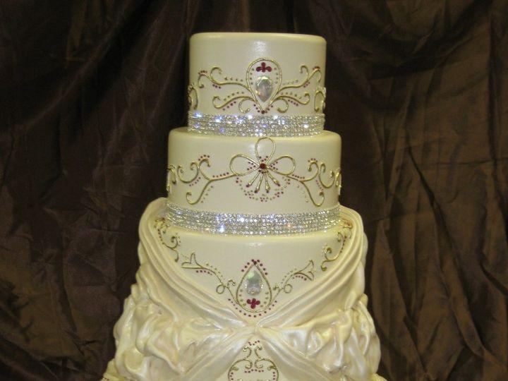 Tmx 1460490491061 Kathy 49 768x1024 Irvine wedding cake