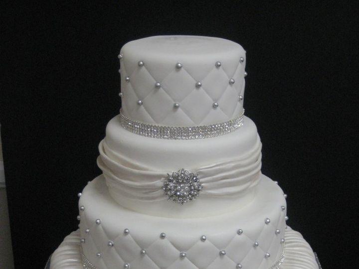 Tmx 1460490572408 Kathy 121 768x1024 Irvine wedding cake