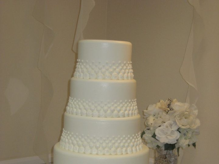 Tmx 1460490700260 Kathy 150 768x1024 Irvine wedding cake