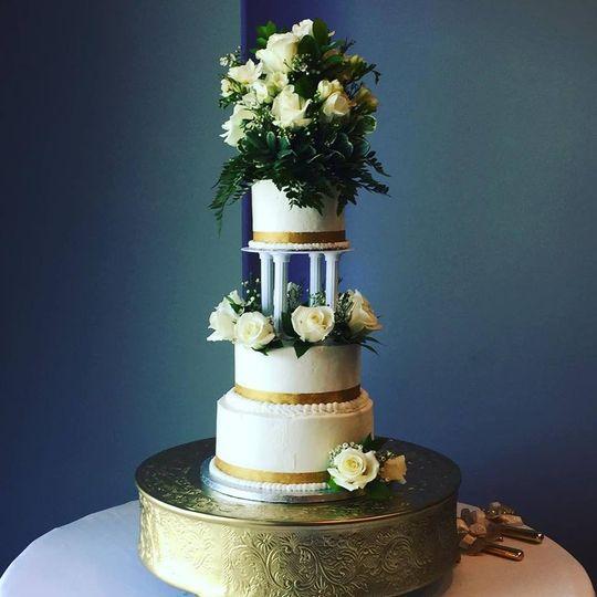 Wedding cake floral topper