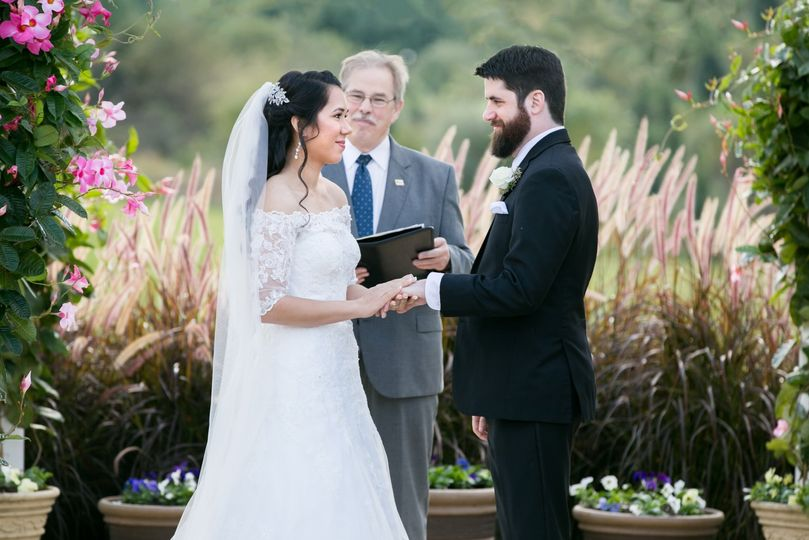 Exchanging vows Evelyn Espaillat Photography