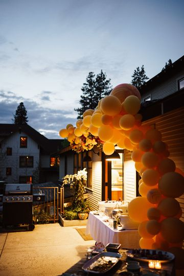 Wedding balloon installation