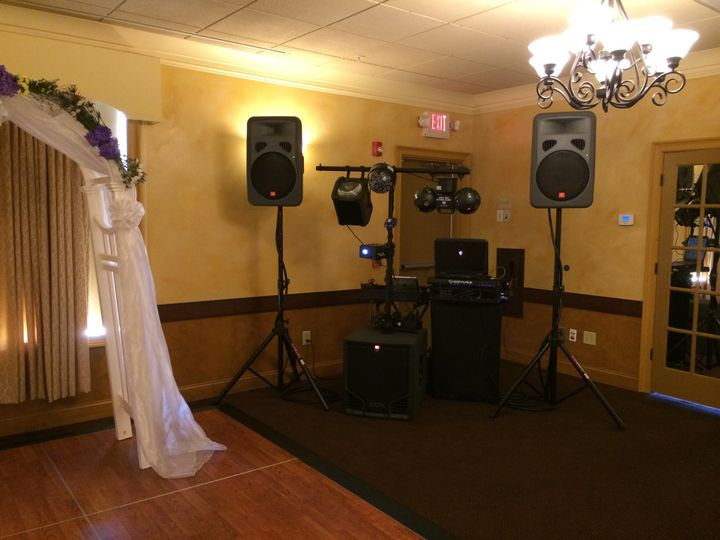 Tmx 02 Silver Dj Package Setup Img 1094 51 742321 V1 Albany, NY wedding dj