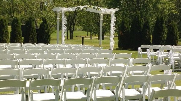 White chairs set-up