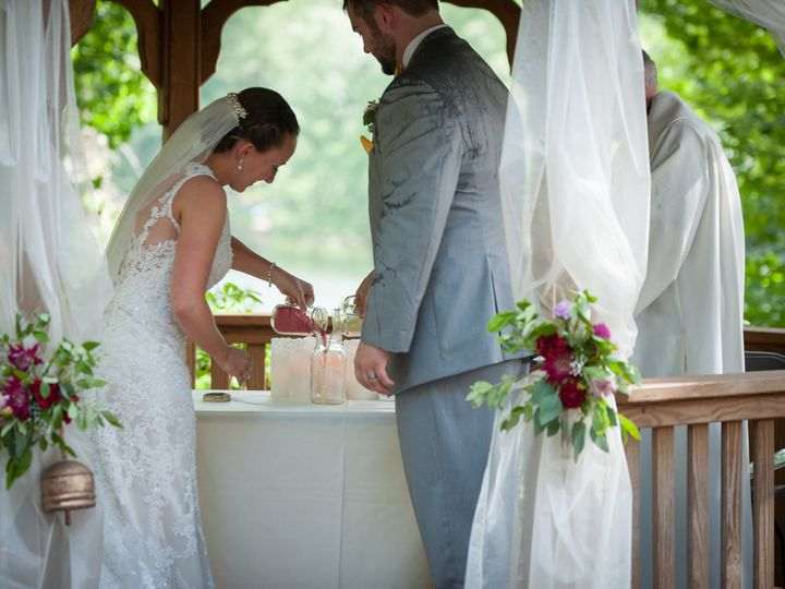 Tmx 1470711018310 Alexa Aaron Pavillion At Crystal Lake Wedding Cere Shelton wedding florist