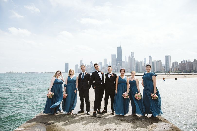 Group photo by the water - Rebecca Peplinski Photography