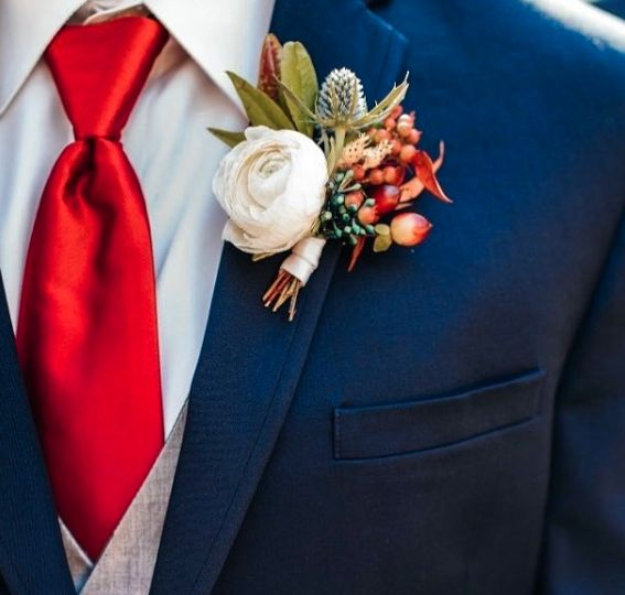 Boutonniere arrangment