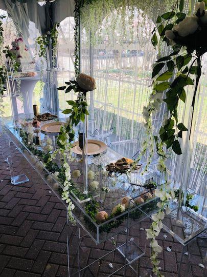 Acrylic Sweetheart Table