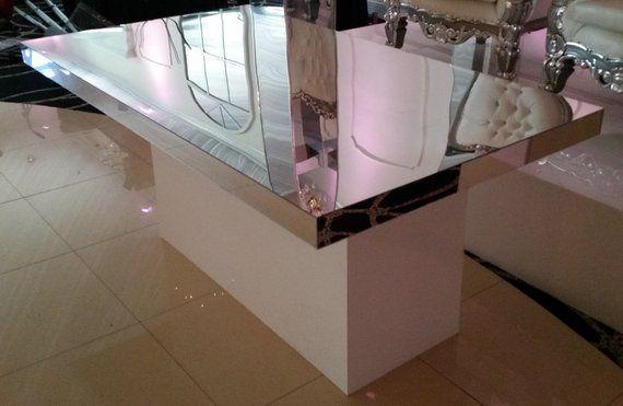 Mirror sweetheart table
