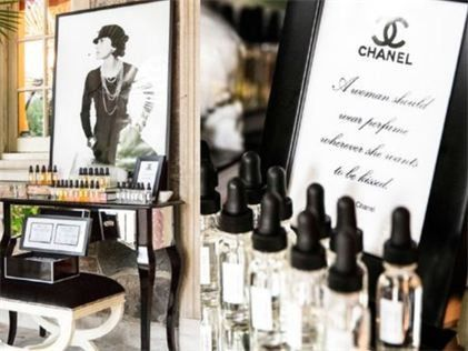Perfume Bar Soiree & Lipstick Lab Bar Parties