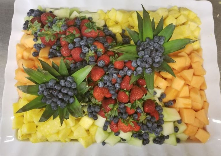 fruit platter cropped 2 51 1057321