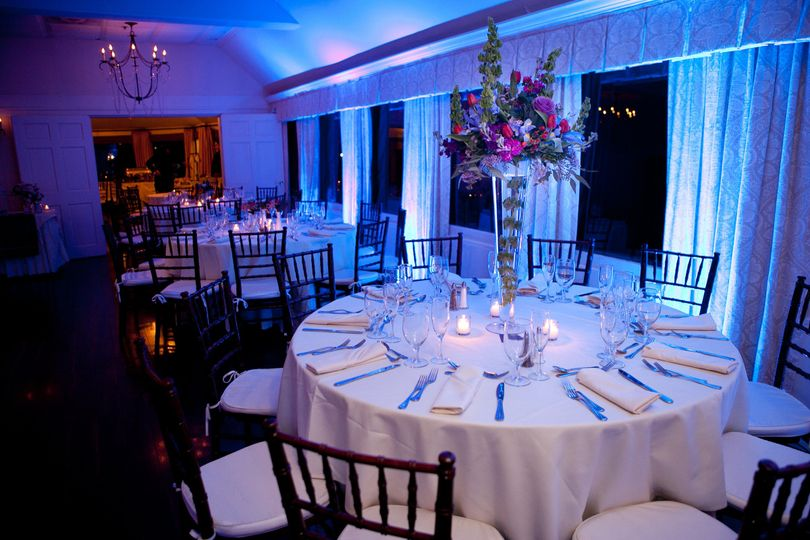 set table set up tbl shot