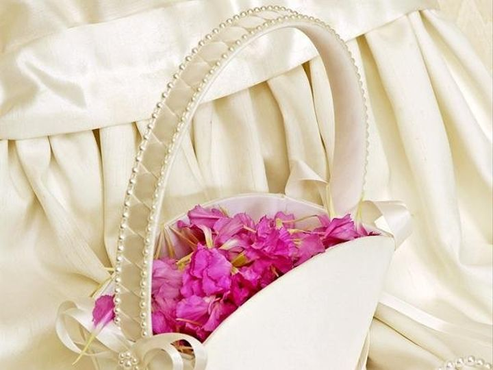 Tmx 1249018693663 Flowergirlbasket Warwick wedding favor