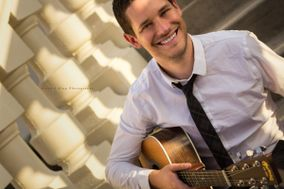 Jason Hobert - Professional Wedding Guitarist and DJ