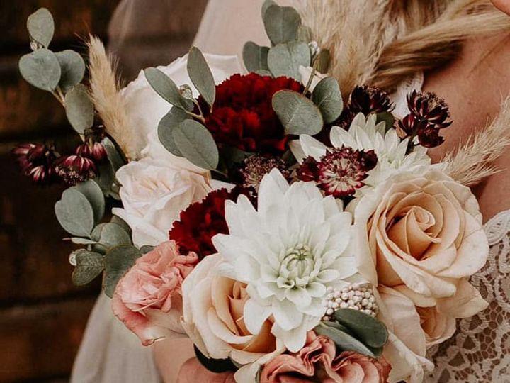 Tmx 142692463 10158488560259713 4118344697018499048 N 51 1981421 161160811382254 Earlham, IA wedding florist