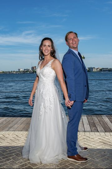 Waterside wedding - Louis View Photography