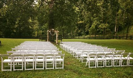 Strawberry Creek Chairs & Tables