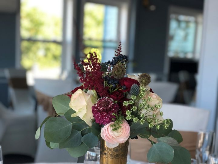 Tmx Floral Arrangemet Done By Lesliejames Events At Als Waterfront In East Providence Ri For Nick And Monicas Wedding Photo Credit Me 51 1017421 157626086467313 Burlington, MA wedding planner