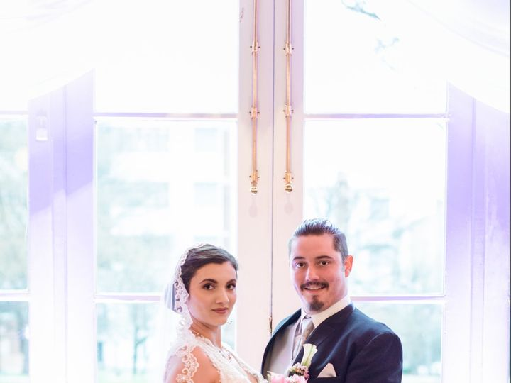 Tmx Dsc 1782 51 1037421 V1 Greensboro, NC wedding planner