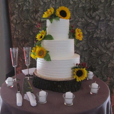 Buttercream and sunflowers