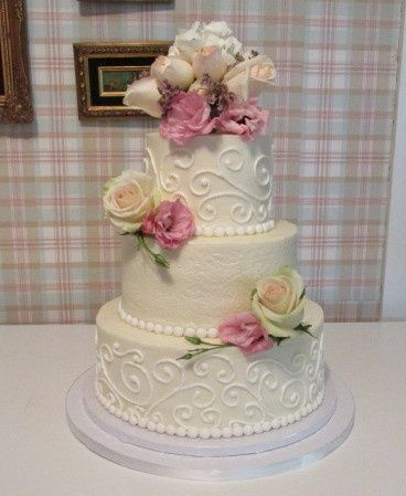 Tmx 1437932276656 Buttercream Piping Auburn, CA wedding cake