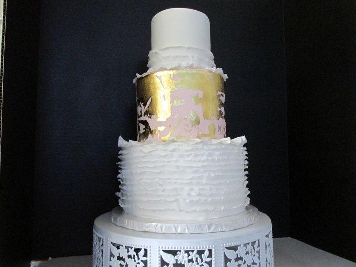 Tmx 1498670834579 Goldleafruffles Auburn, CA wedding cake