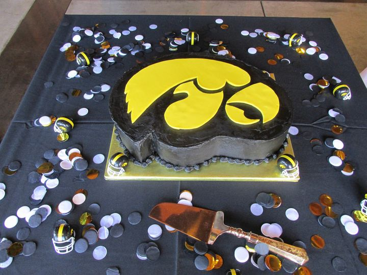 Tmx 1505076471365 Hawkeyecake Auburn, CA wedding cake