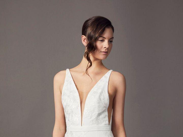 Tmx 190205 Savin Sh26 008 51 987421 1564850355 Montclair, New Jersey wedding dress