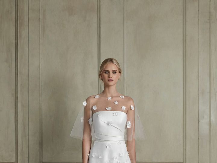 Tmx Web Noelle Cape Front 51 987421 158635183031110 Montclair, New Jersey wedding dress