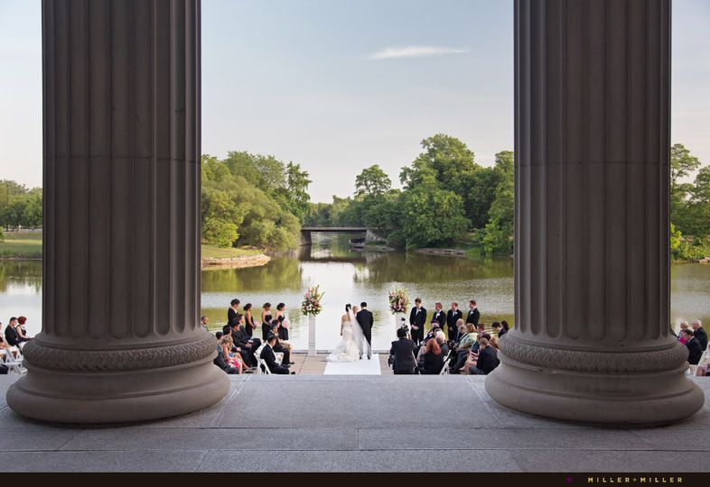 museum of science and industry wedding pictures