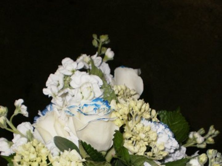 Tmx 1296075586233 StockRoseBouquet Waynesboro wedding florist