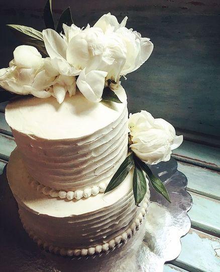 Two-layered white cake