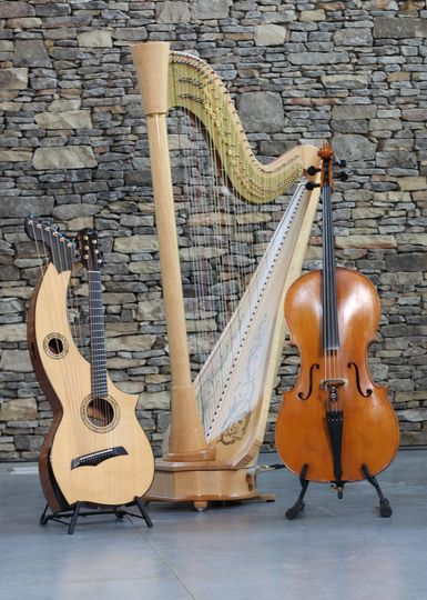 Two guitars and a harp