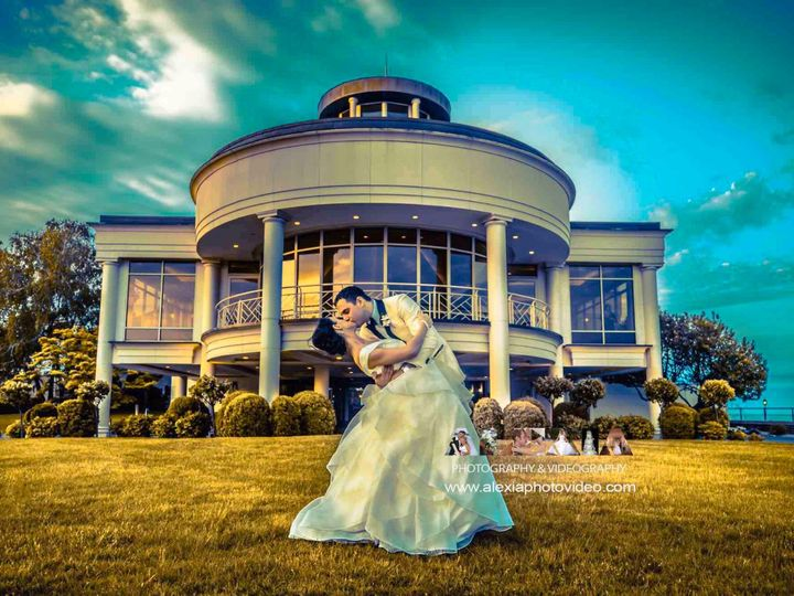 Tmx Screenshot 2019 05 31 02 33 24 Copy 51 655521 1559315866 Mohegan Lake wedding photography