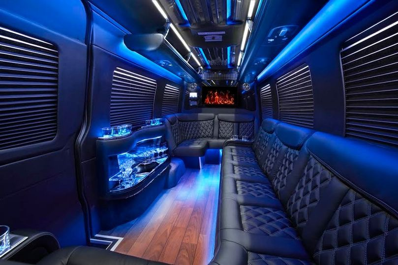 Mercedes Sprinter Limo!