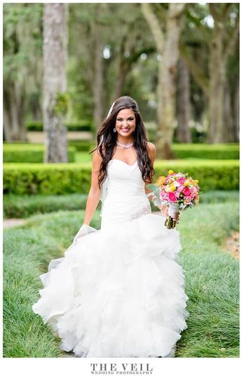 Debra 39 s bridal shop at the avenues dress attire for Wedding dress shops in jacksonville fl