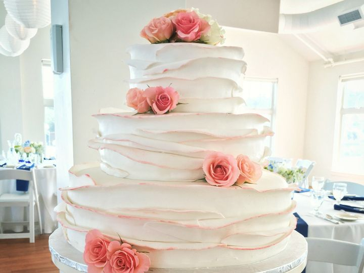 Tmx 1481048541609 Img6912 Marshfield wedding cake