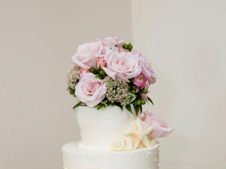 Tmx 1481077341277 Image1 Marshfield wedding cake