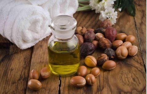 Nourishing massage oils