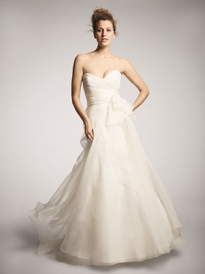 Nouvelle Amsale - R102G- This Amsale silk organza A-line ballgown features a ruched sweetheart...